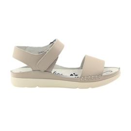 Filippo Komfortable sandaler med beige velcro brun
