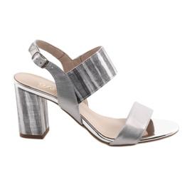 Grå Kvinders sandaler på Gamis 3390 sølv søjle