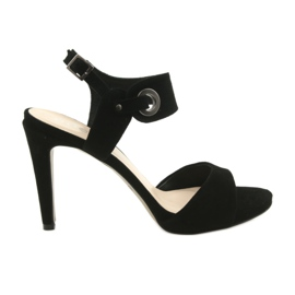 Læder sandaler på en pin Edeo 3208 sort