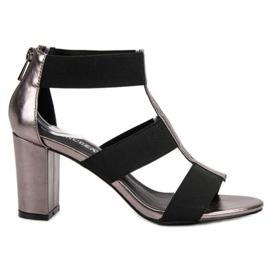 Moderigtige sandaler på UP posten VINCEZA grå