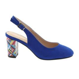 Blå Sandaler på posten Sergio Leone 788 indigo mikrofon