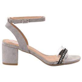 Ideal Shoes grå Stilfuld Suede Sandaler