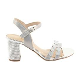 Kvinders sølvfarvede sandaler Gamis 3658
