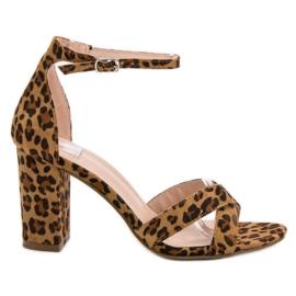 Ideal Shoes brun Sandaler i baren