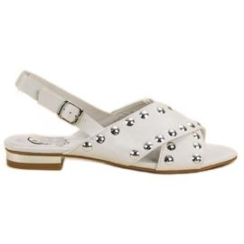 Kylie Hvide sandaler fastgjort med en spænde