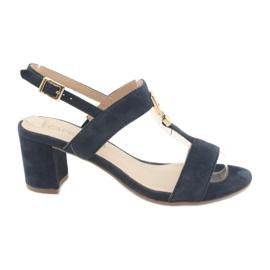 Sandaler på posten Caprice 28303 navy blue
