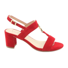 Sandaler på postrød Caprice 28303