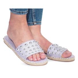 Lilla Violette flip-flops med Mocate studs