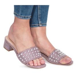 Lilla Violette flip-flops med statlige høje hæle