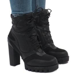 Vices Sorte støvler på stolpen 9132-1