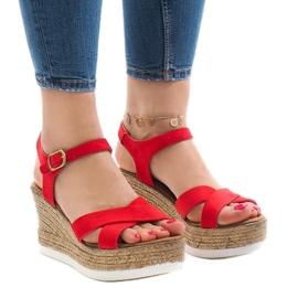 Røde sandaler på kilehæl XL104
