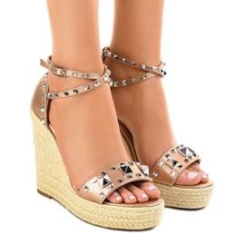 Kobber ruskind sandaler på kile 100-863SC
