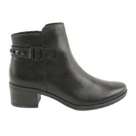Caprice 25433 sorte støvler med sorte studs