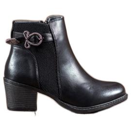 Abloom Støvler med en dekorativ spænde sort