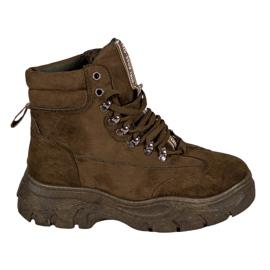 Støvler på VICES-platformen