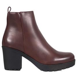 SHELOVET Støvler på platform rød