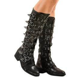 Sorte støvler rigt dekoreret NC271