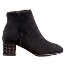 SHELOVET Støvler med en dekorativ hæl sort