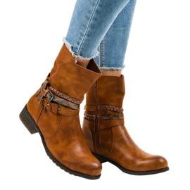 4440 isolerede fladbrune støvler