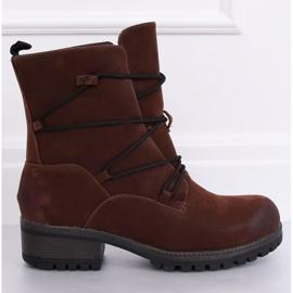 Brun støvler på en brun K1936104 Marron