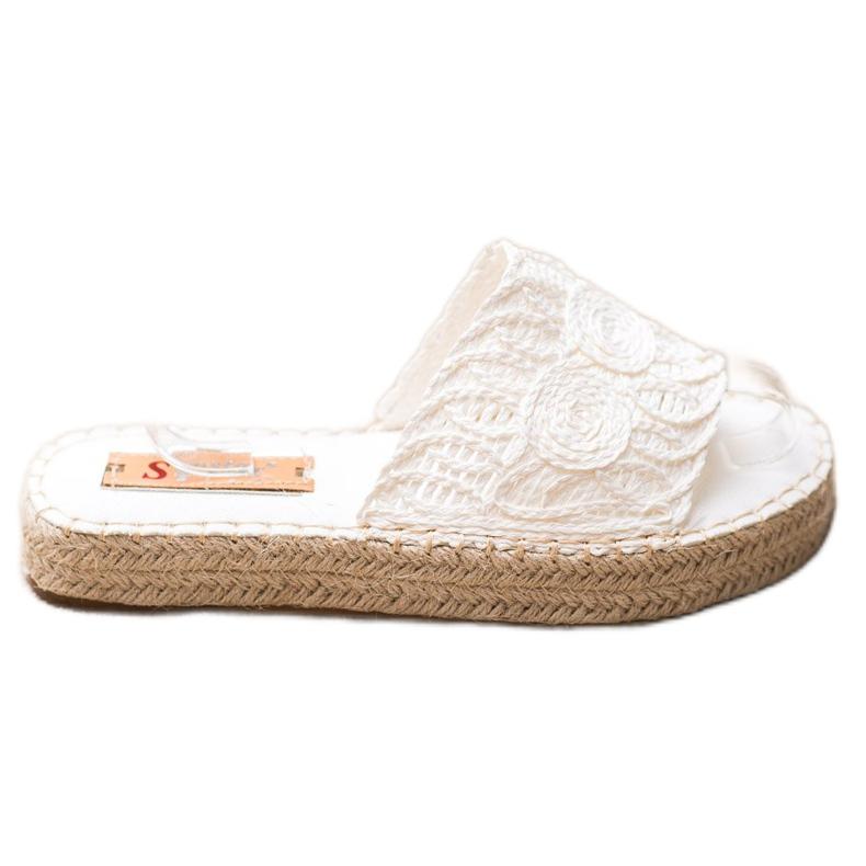 Seastar Flip Flops på en halmplatform hvid