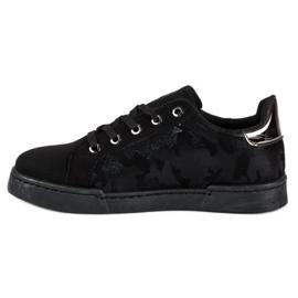 Sorte sneakers til binding 1