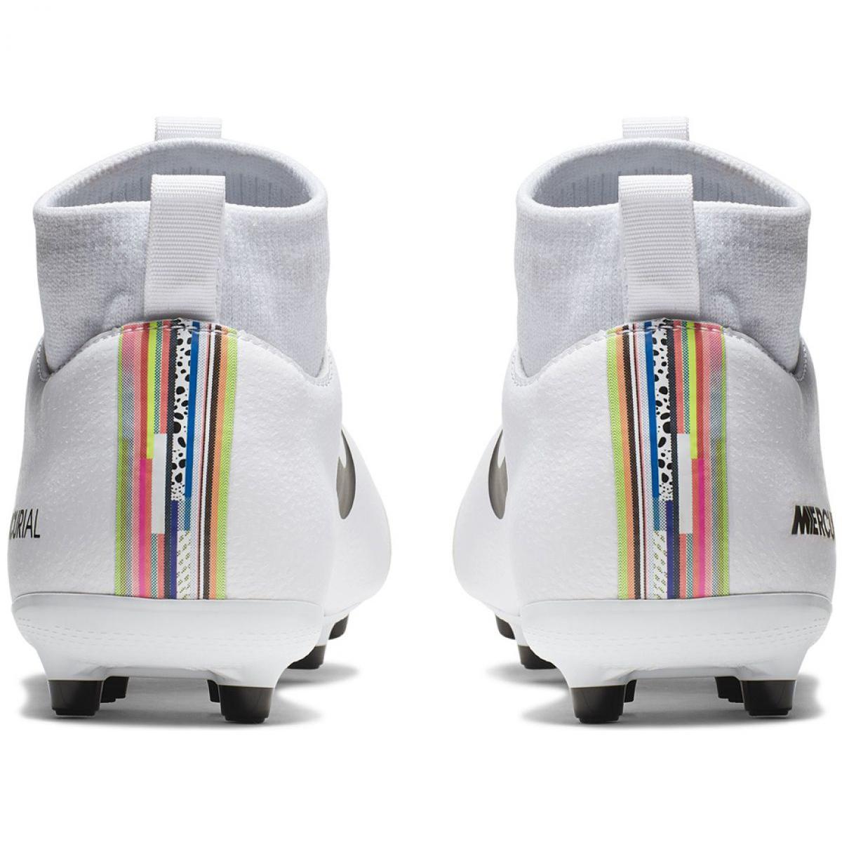 172a9c32203 Fodboldsko Nike Mercurial Superfly 6 Academy Mg Jr AJ3111-109 billede 4