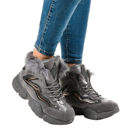 Isolerede grå sneakers LS-2062 2
