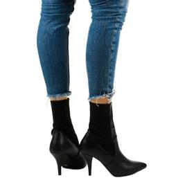 Sorte høje hæle med Daywillow-sok 3